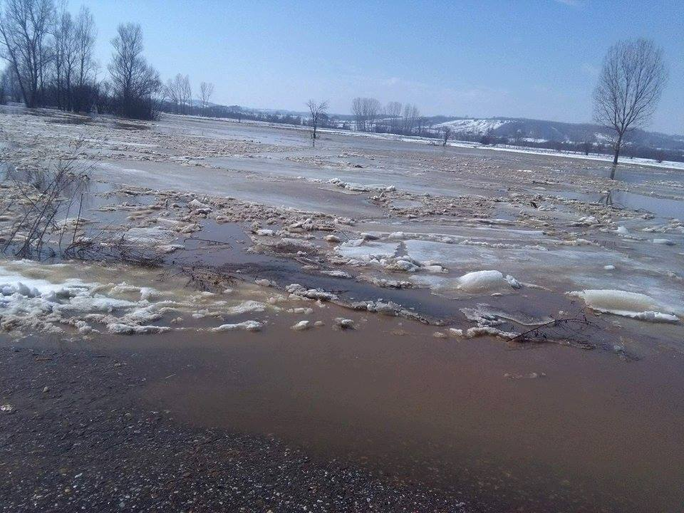 Izlila se Pusta reka, talas nezaustavljiv (VIDEO)