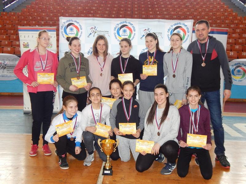 Leskovac: Završeno državno školsko prvenstvo u rukometu
