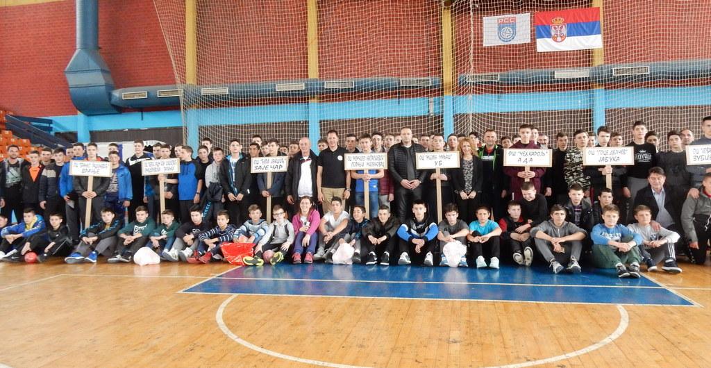 Na državnom prvenstvu 16 ekipa iz 13 gradova Srbije i Kosova i Metohije