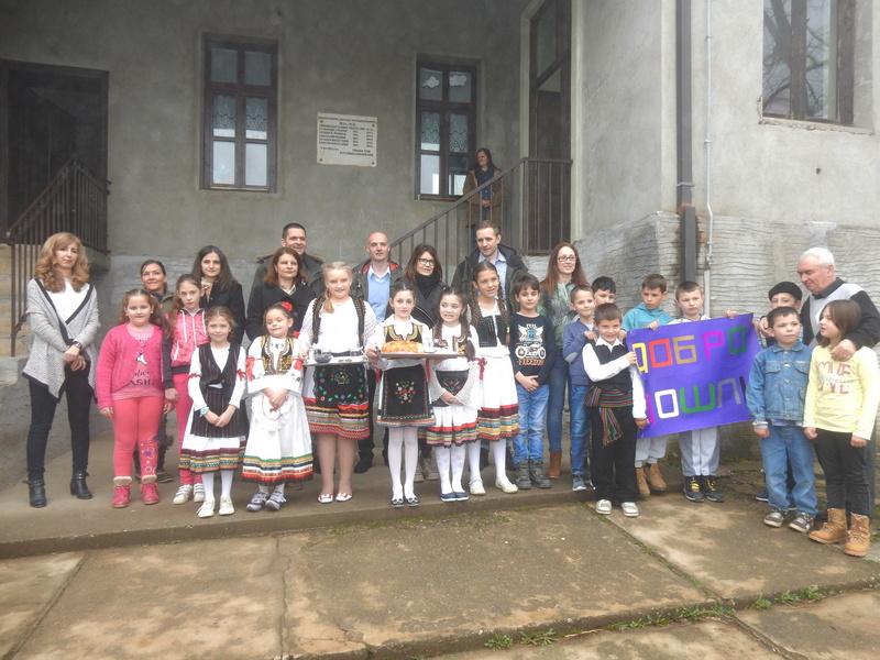 Donacija Švajcaraca školi u Velikoj Sejanici (VIDEO,FOTO)