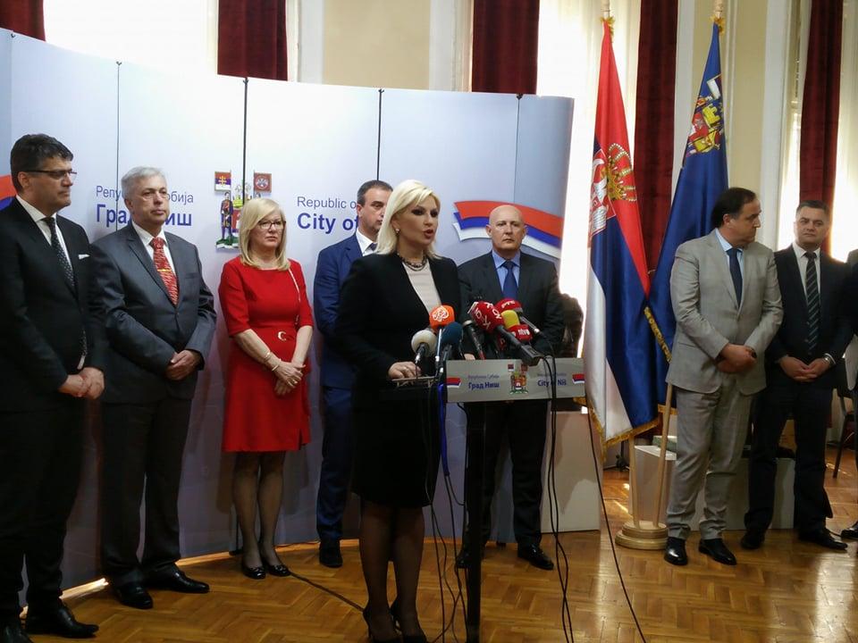 Zorana Mihajlović tvrdi: Brži razvoj aerodroma nakon prelaska u državno vlasništvo