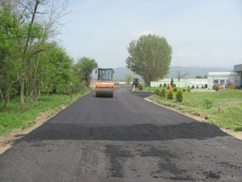 Završava se asfaltiranje Bogojevačkog puta