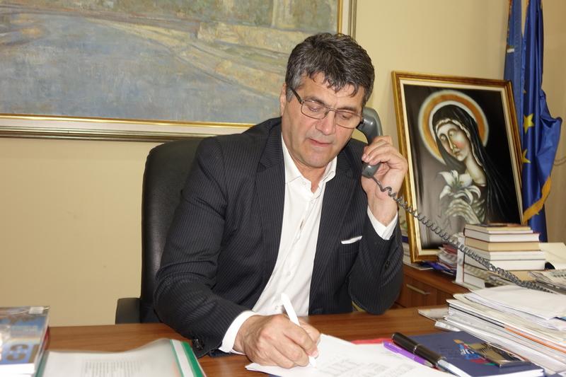 Bulatović se pojavio na poslu, ne priča o incidentu