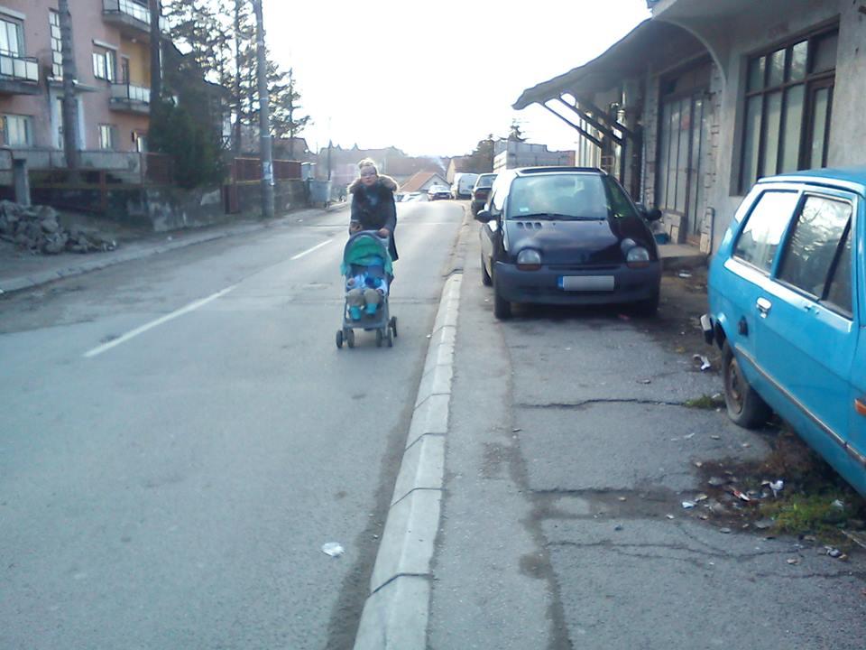 Bezobrazno parkiranje i uzurpiranje javnog prostora – I NIKOM NIŠTA