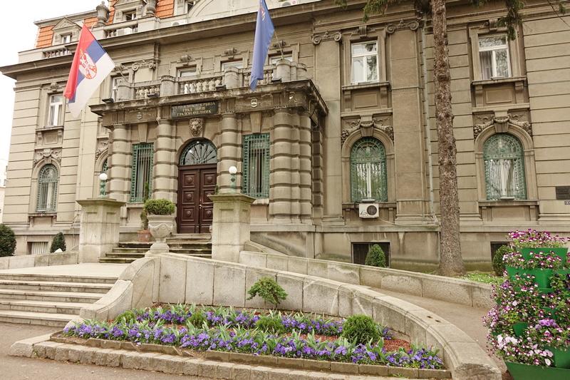Lažnim potvrdama pravnik dobio stalni posao u gradskoj upravi