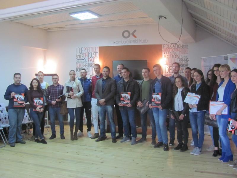 Kancelarija za mlade: Završene obuke stranih jezika i daktilografije