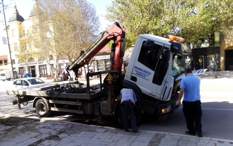"""Crko"" PAUK – Ipak, bez opuštanja prilikom parkiranja"