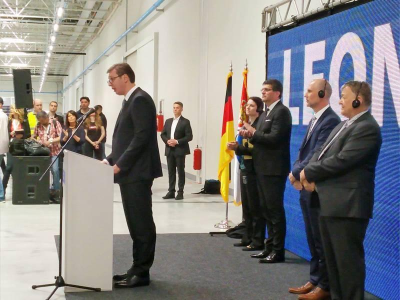 Vučić: U avgustu otvaranje još jedne fabrike u Nišu