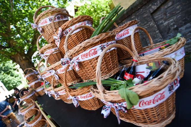 Coca-Cola predstavila najukusnija jela iz Vranja, Leskovca, Bojnika, Pirota… (VIDEO)