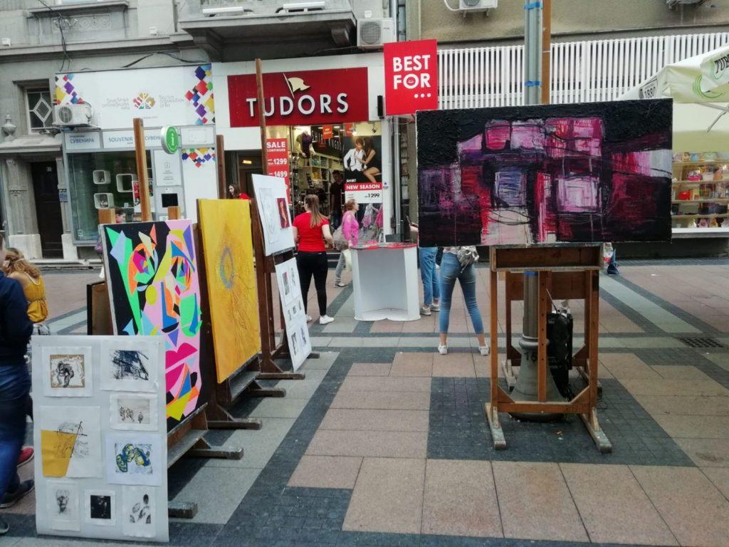 Obrenovićeva ulica u PozitivNIm bojama i melodijama