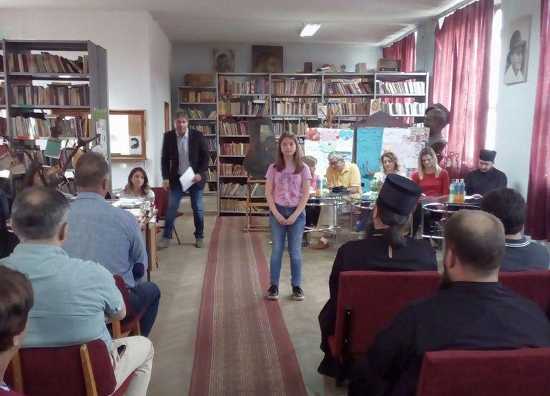 Vladika Arsenije nagradio najbolje besednike
