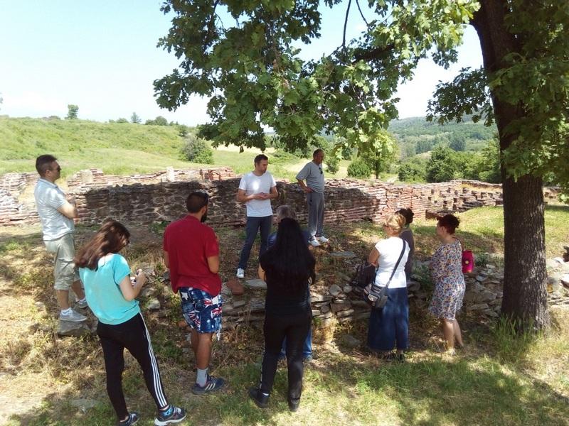 Prvomajska istorijska učionica na Caričinom gradu, turisti sa celog Balkana