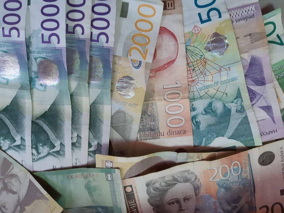 STATISTIKA Rastu plate u Jablaničkom okrugu