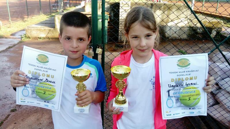 Mali leskovački teniseri pobrali nagrade u Kruševcu