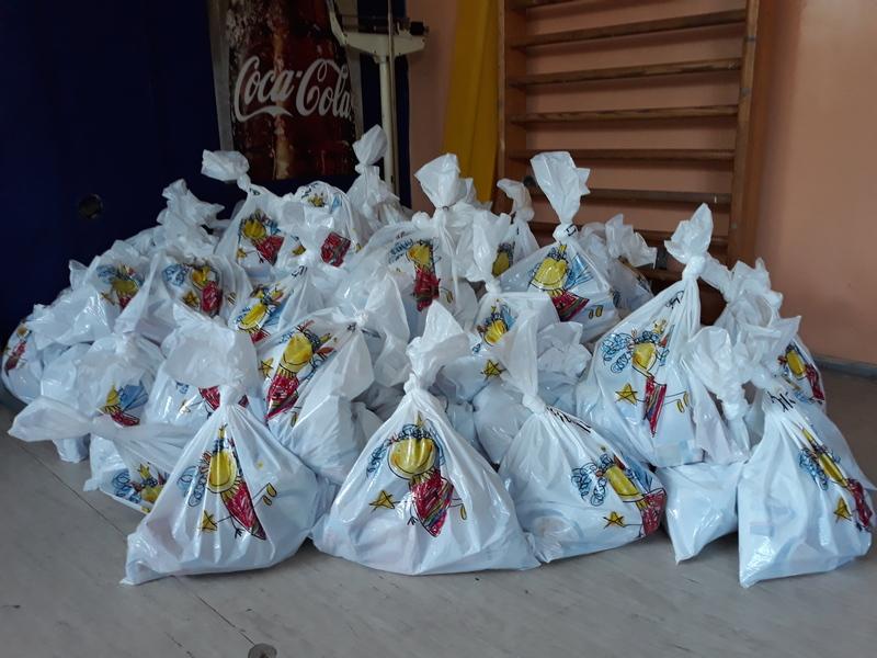 Školi 11. oktobar 126 paketa od Svetske banke hrane