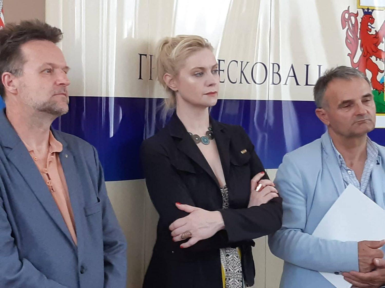 Ana Sofrenović ocenjuje velike uloge malih glumaca u Leskovcu (VIDEO)