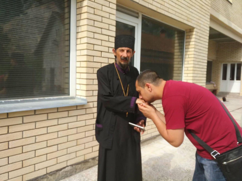 Napad na sveštenika tokom blokade puta Niš-Pirot završiće na sudu