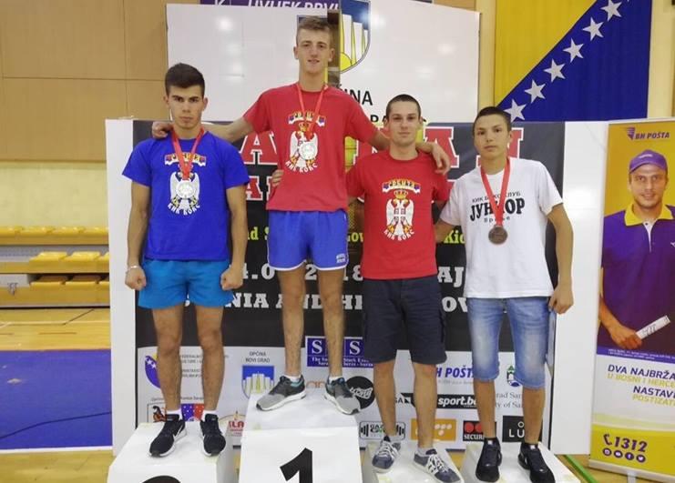 Tri medalje za vranjske kik-boksere na prvenstvu u Sarajevu