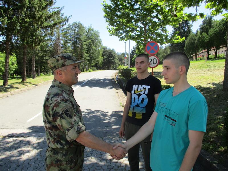 Stigli novi vojnici na dobrovoljno služenje u Sinkovcu