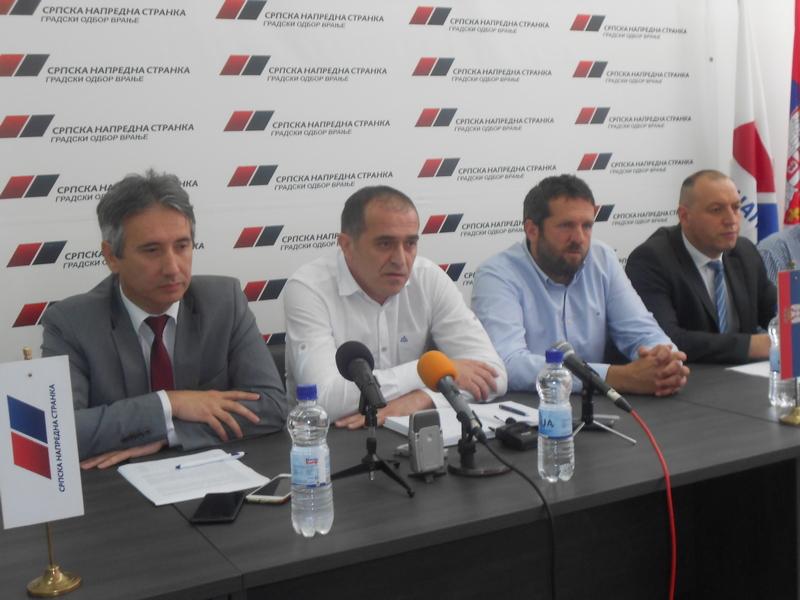 Narodni poslanik: Zaštitićemo malinare na jugu Srbije