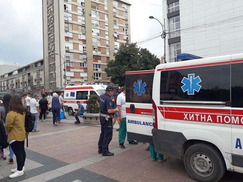 Auto udario dečaka koji prosi na ulicama