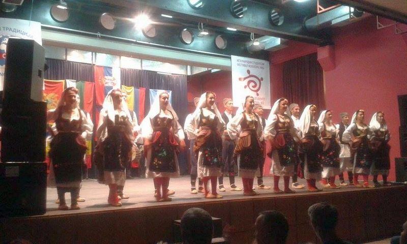 Večeras koncert folklora, u utorak predtakmičenje trubača za Guču