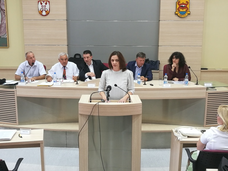 Alarmantno u Srbiji, u Pirotu se rodi po 600 beba godišnje