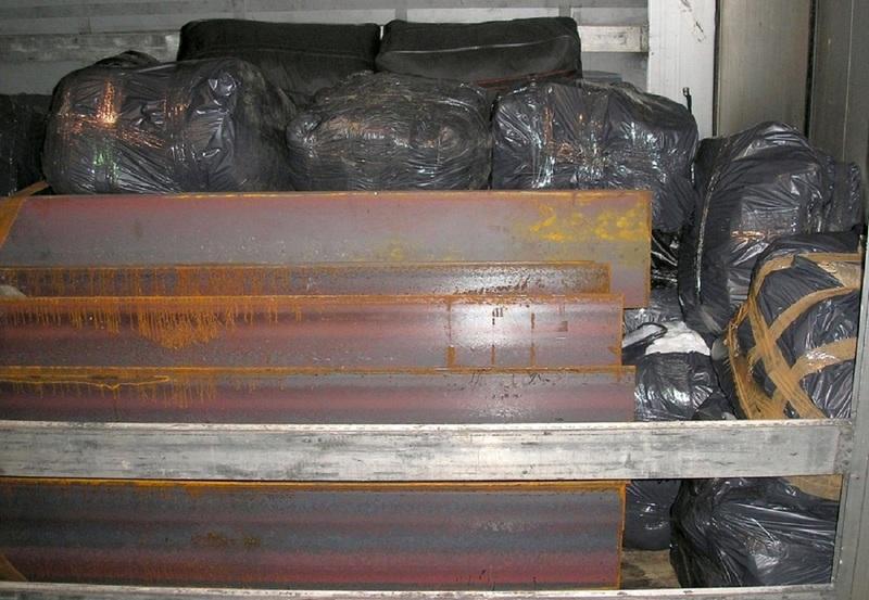 Vozač kamiona krijumčario robu vrednu skoro milion i po dinara