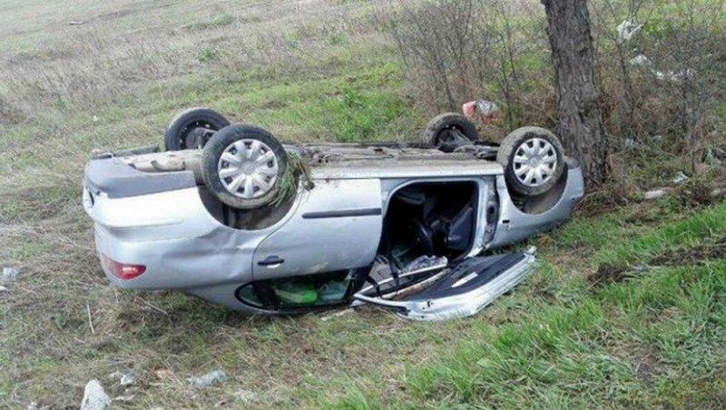 Teška saobraćajna nesreća, povređena tri mladića