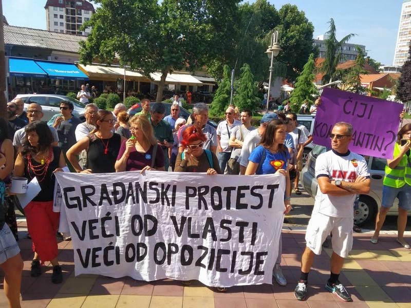 Burno u Nišu: Građani protestuju protiv predaje aerodroma, skuština zaseda