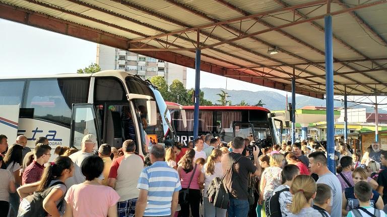 Osnovci otišli o trošku grada na letovanje u Crnu Goru