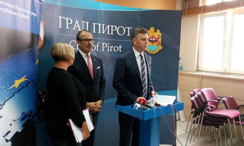 Fabrici: EU ostaje dobar i pouzdan partner Pirotu