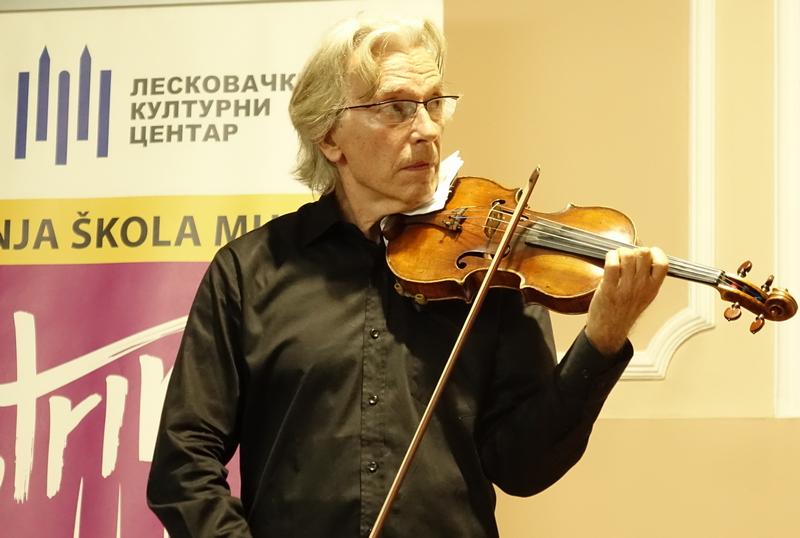 Na koncertu Jovana Kolundžije klasične i filmske arije