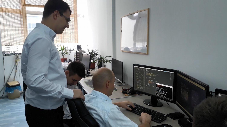 Studirao u Njujorku, vratio se u Leskovac, otvorio firmu i napravio softver koji će osvojiti ceo svet
