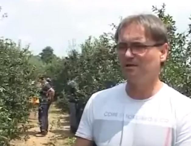 Pre podne predsednik opštine, popodne poljoprivrednik i traktorista