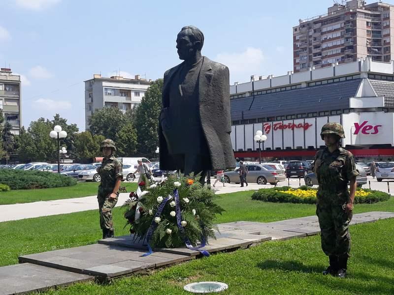 U Leskovcu obeležen Dan borca