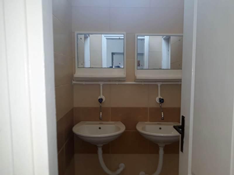 Od grada novi toaleti za škole u Oraovici i Palojcu