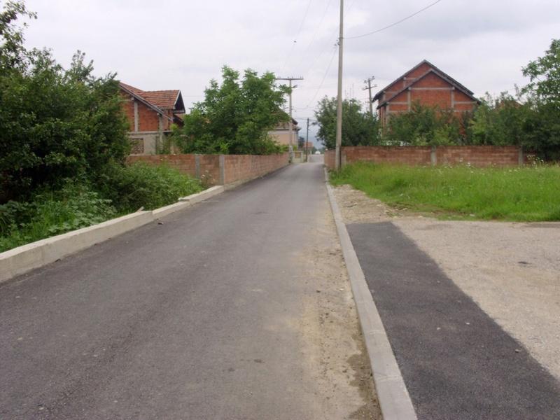Završeno asfaltiranje ulica u Gložanu
