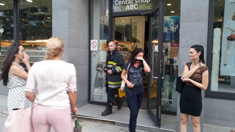 UZBUNA Oseća se plin u zgradi u centru Leskovca