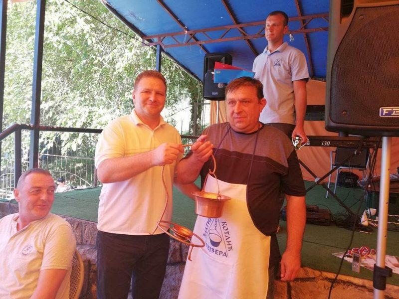Gojko Ivanović skuvao najbolju riblju čorbu u Sijarinskoj banji