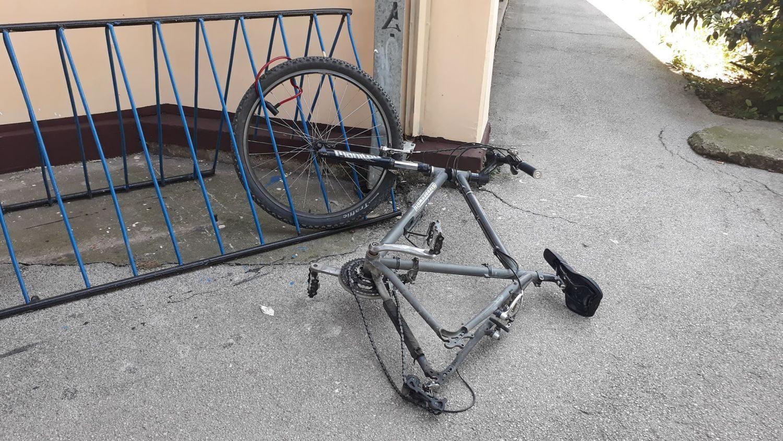U Leskovcu, ako ne možeš da ukradeš ceo bicikl, onda je i točak dobar