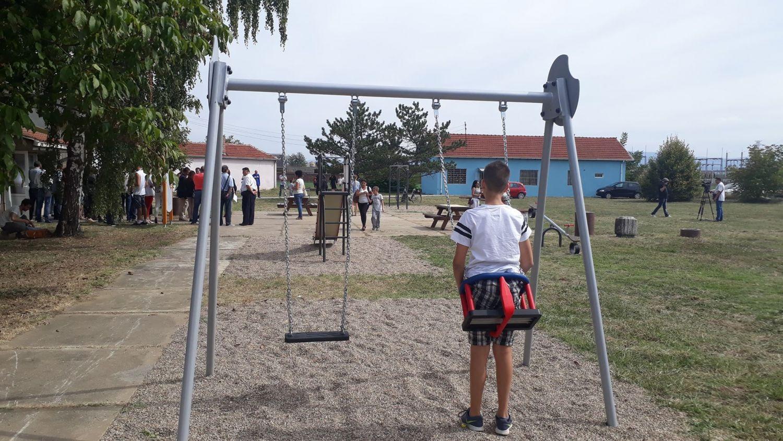 """Novo igralište za učenike škole """"11. oktobar"""""""