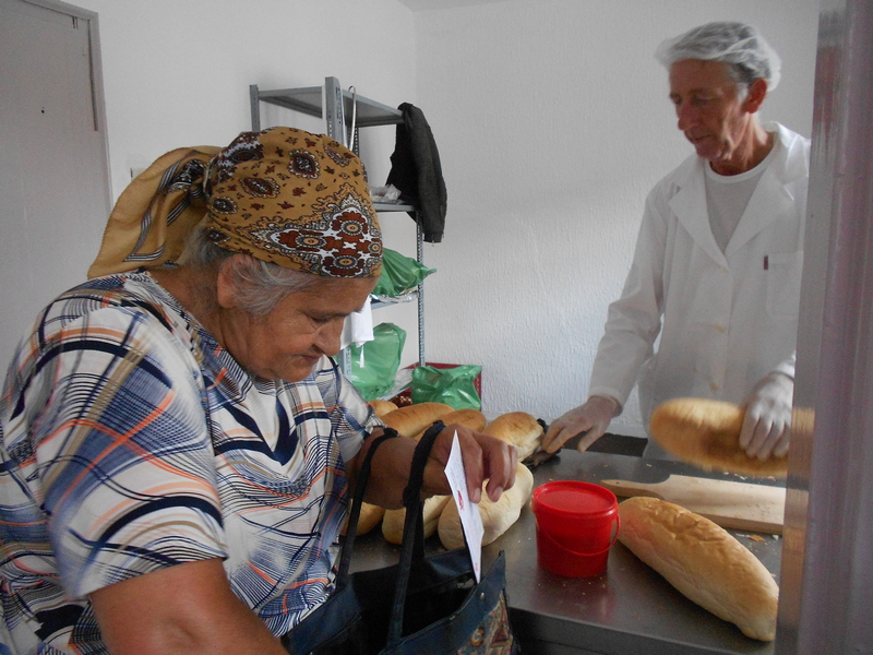 Vekna hleba iz Narodne kuhinje joj jedini obrok u toku dana