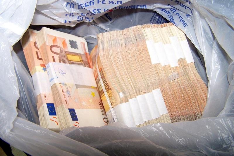 Otkriveno skoro 130 000 neprijavljenih evra
