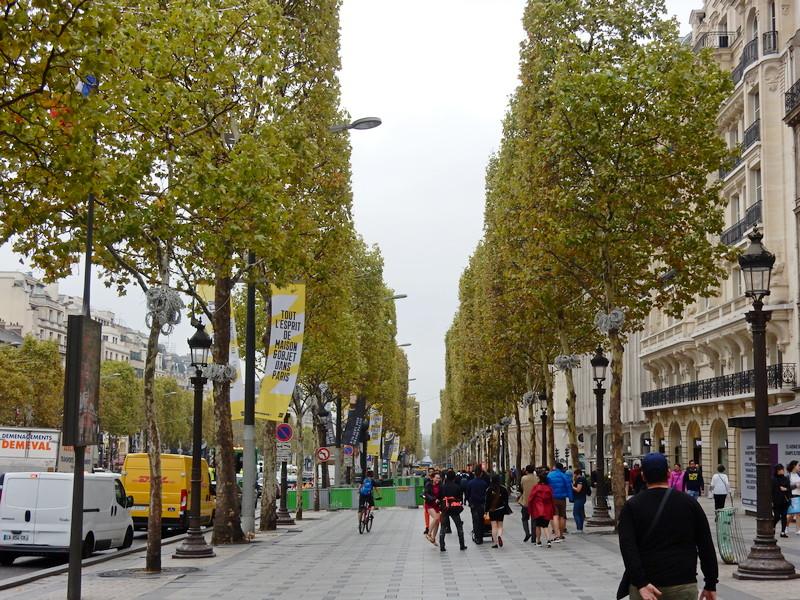 Sjaj i šarm najlepšeg bulevara na svetu i ponos francuske prestonice (FOTO,VIDEO)