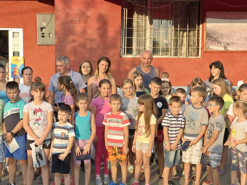Rančevi i školski pribor za školarce