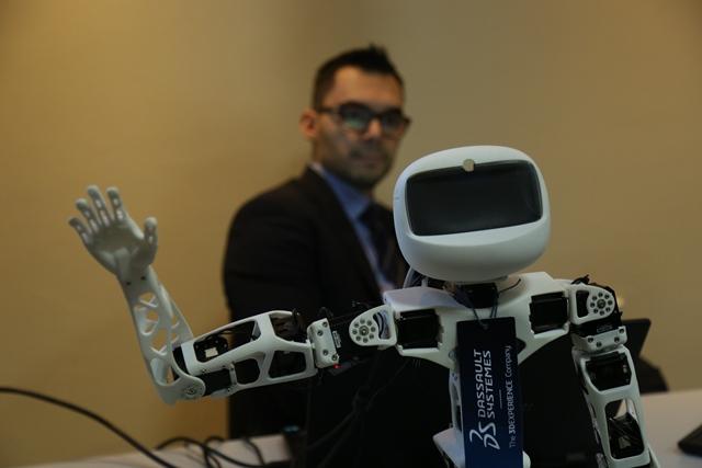 Virtuelna laboratorija koja simulira ceo životni ciklus proizvoda