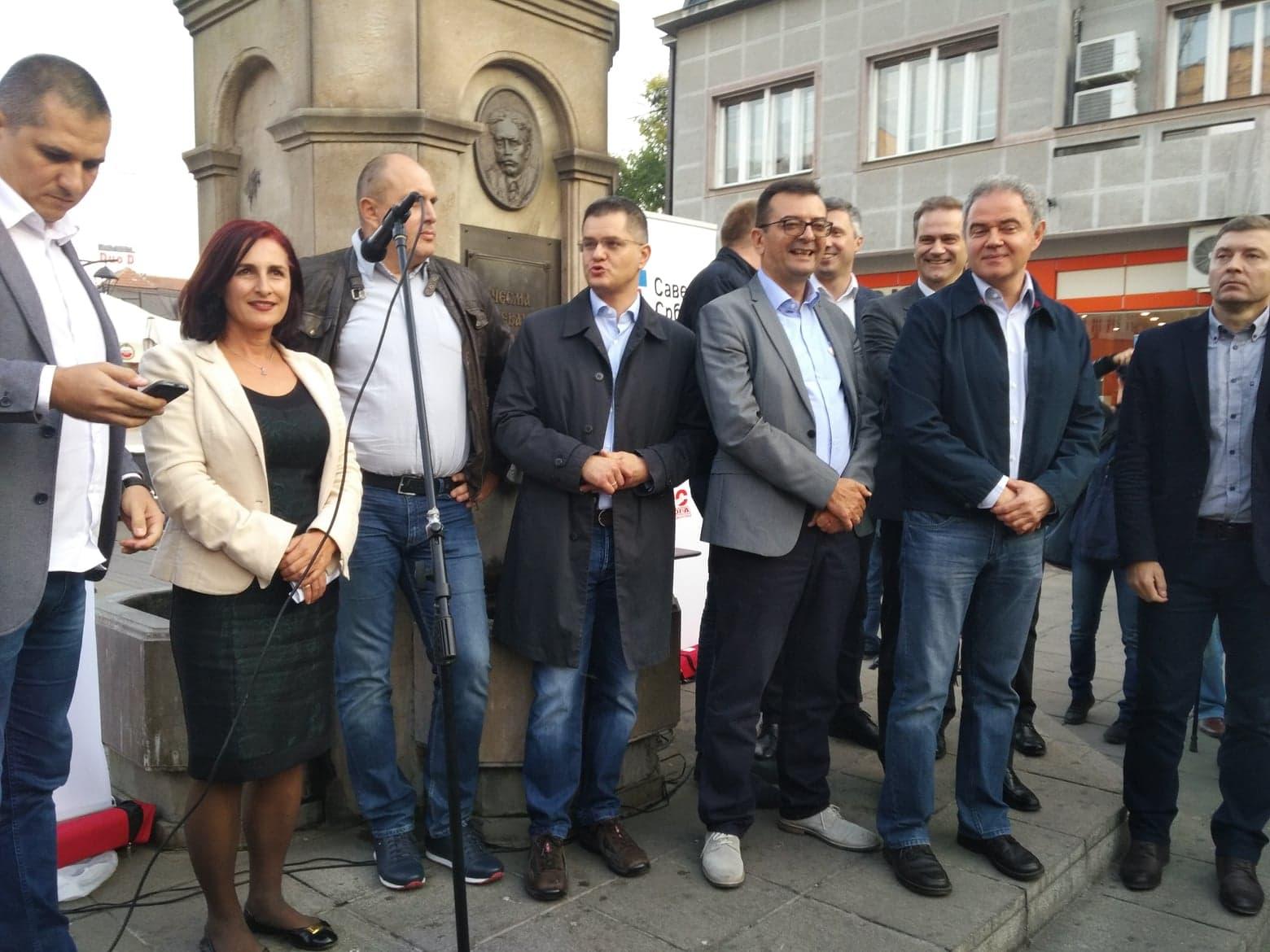 Tribina na otvorenom i protestna šetnja Saveza za Srbiju kroz Niš