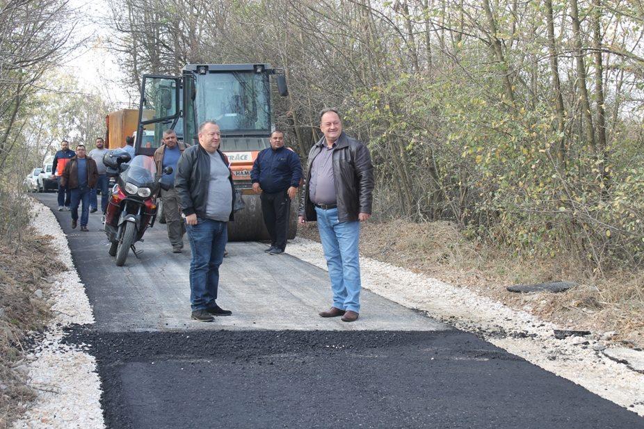 Za asfaltiranje puta Rataje-Kupinince 12 miliona dinara