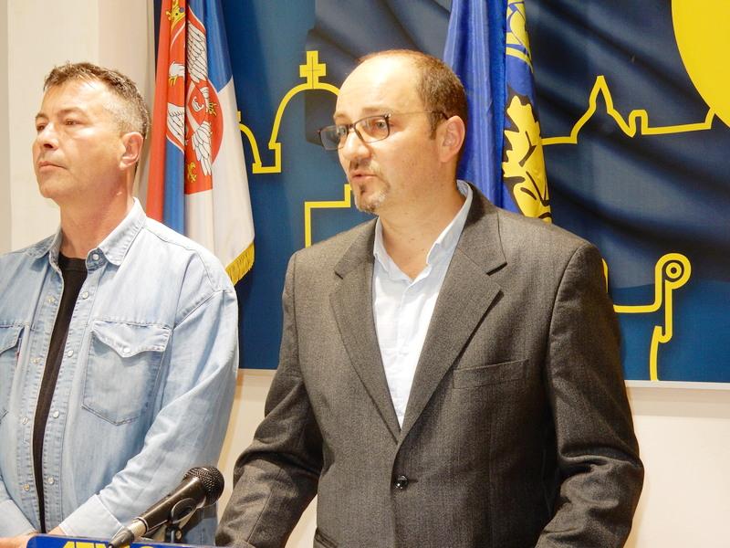 DS: Da SNS odgovori zašto je 15.000 ljudi napustilo Leskovac (VIDEO)